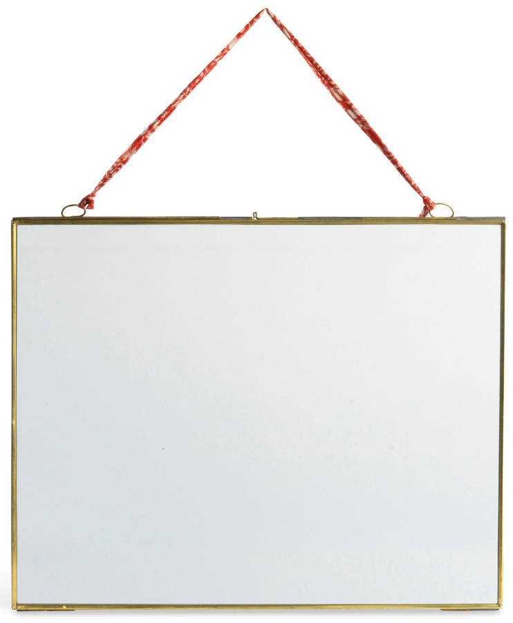 "Image of Extra Large Brass Photo Frame 14.5 x 11.5"" - Landscape"""