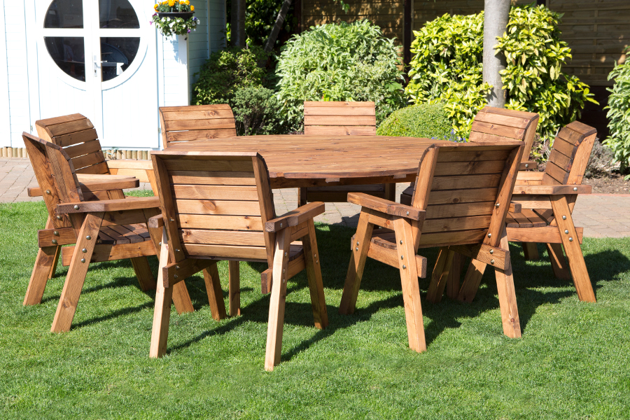 Eight Seater Circular Outdoor Table Set - HB11