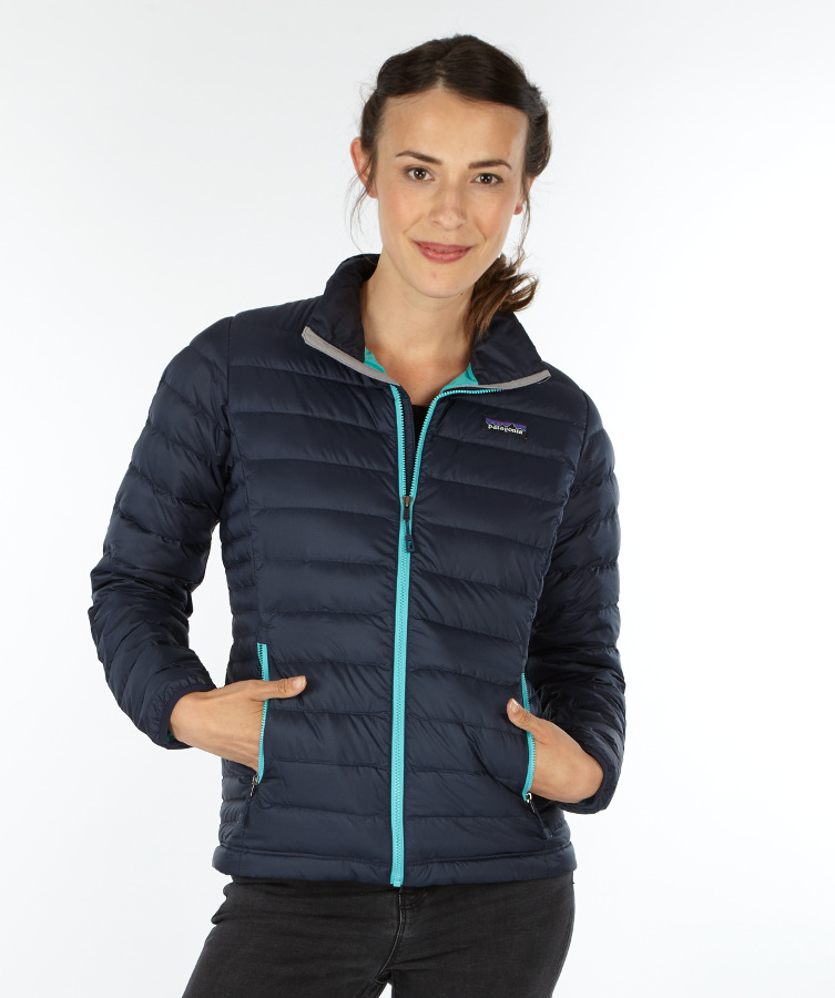 Women's Softshell Jackets Whenever the temperature drops, you'll stay comfortable and warm with women's softshell jackets from Columbia Sportswear. Whether you're hiking the backwoods, skiing the backcountry, or just combating everyday chill around town, these jackets are built for performance, protection, and comfort.