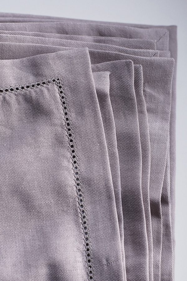 The Flax Sack Organic Linen Tablecloth - Champagne Pink - 180x180cm