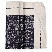 Embroidered Floral Throw � Medium