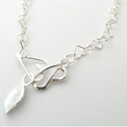 La Jewellery Recycled Beaten Heart Silver Necklace test