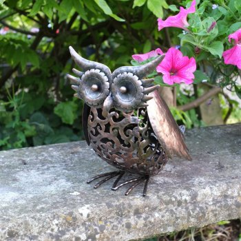 Solar Powered Metal Scroll Owl Light