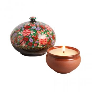Dalit Handmade Medium Prashansa Candle with Floral Gift Box
