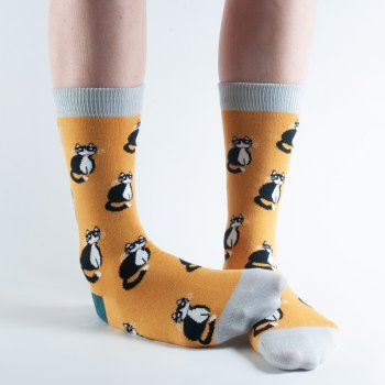 Doris & Dude Gold Cats Bamboo Socks